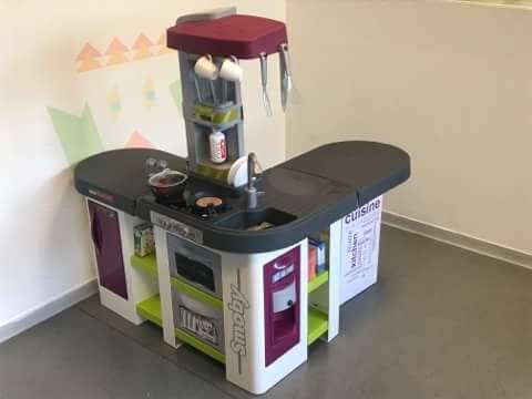 Une cuisine pour la salle de jeux de l'Hopital !